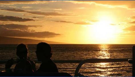 Romantic Maui Sunset Dinner Cruises for Valentine's Day